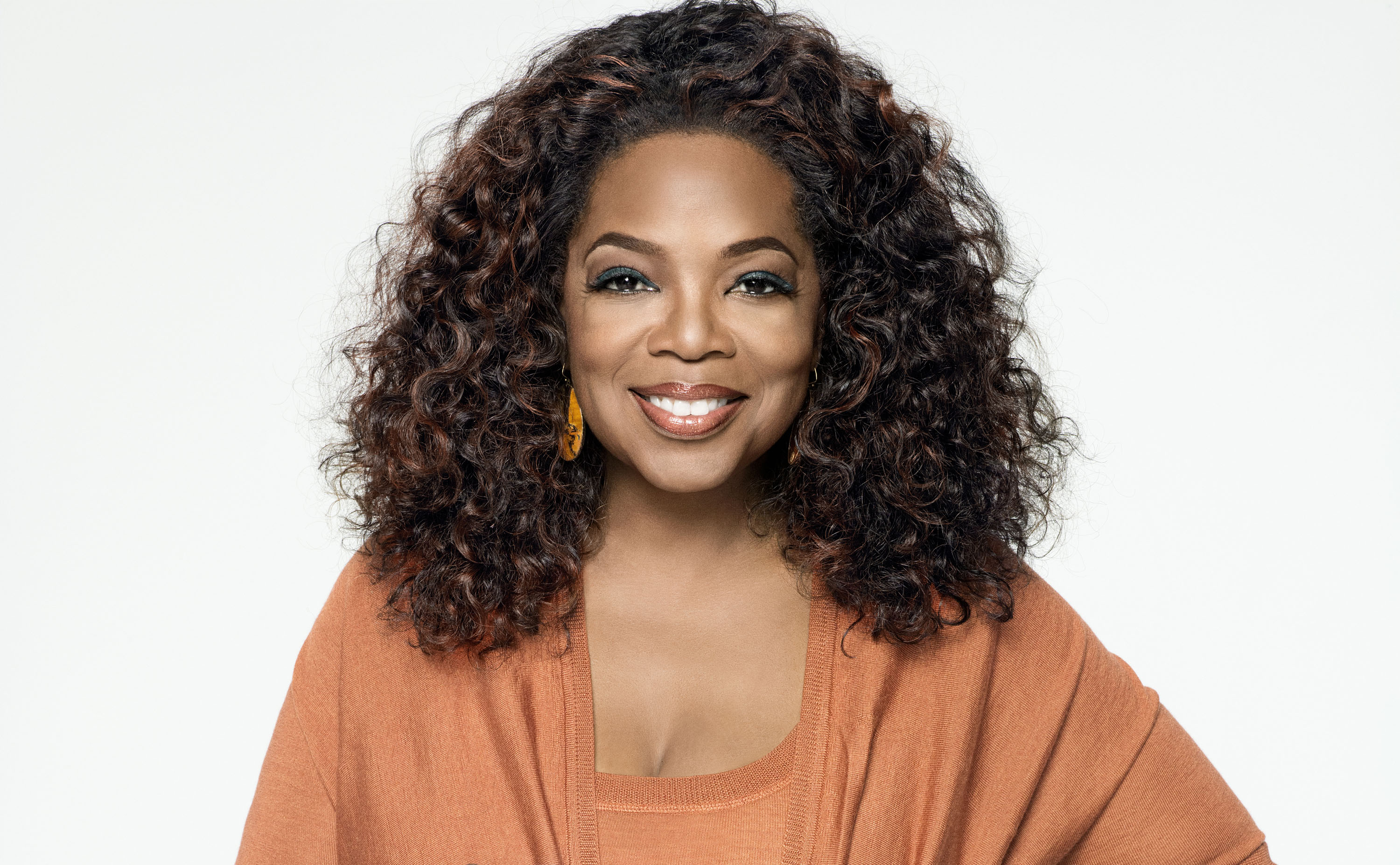 write to oprah It is possible to write a personal letter to oprah winfrey and submit it by mail, using the email us option on the main menu of the official oprahcom website or via her personal email address.