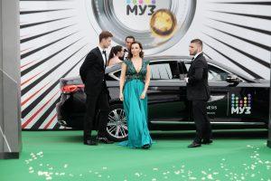 Муз-ТВ 2017: худшие наряды звезд