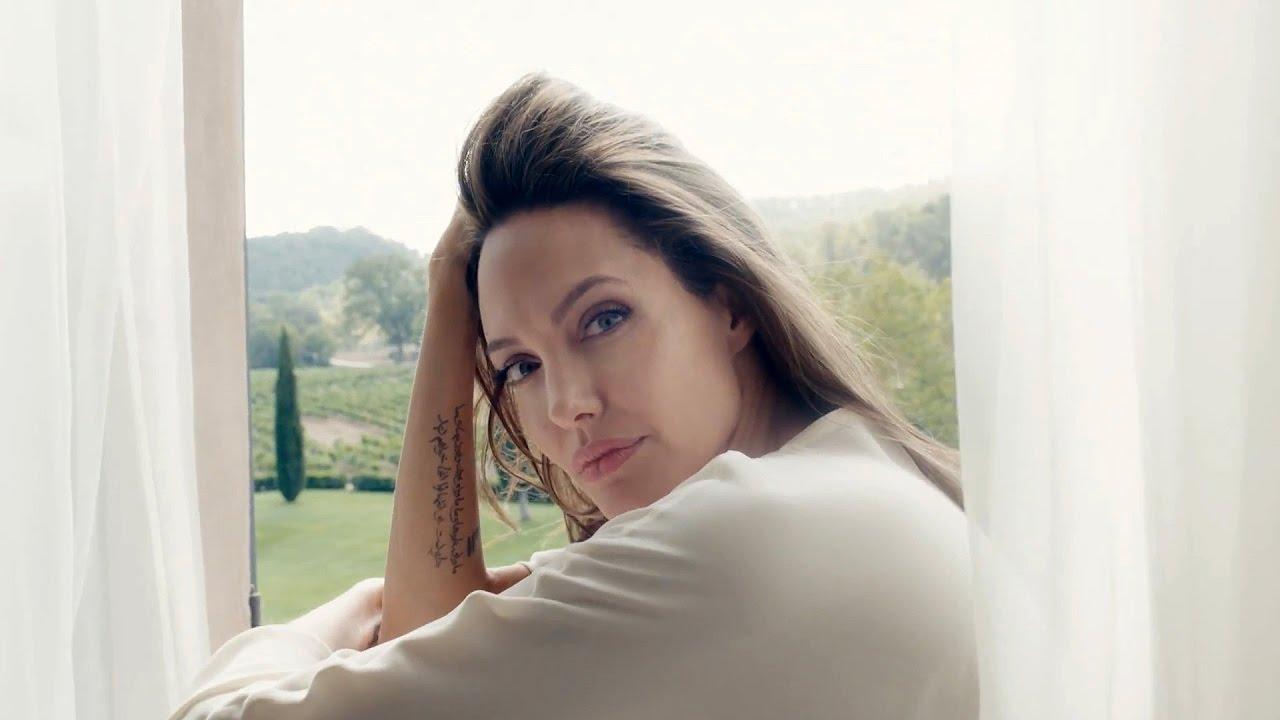 Анджелина Джоли сменила имидж для съёмок в фильме