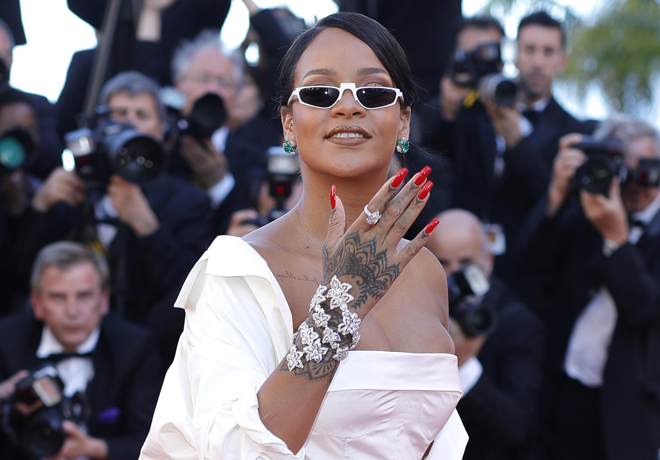 Татуировки знаменитостей: топ самых крутых татуировок звезд Голливуда.