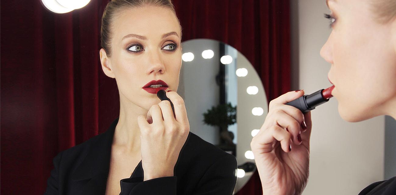 Обзор косметических брендов ведущих визажистов