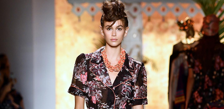 Все бьюти-образы Кайи Гербер с Недели моды в Нью-Йорке