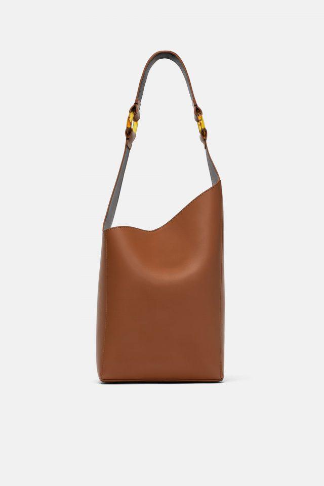 Самые модные женские сумки осени 2018 - 25 фото на PEOPLETALK 91bf7088ed5