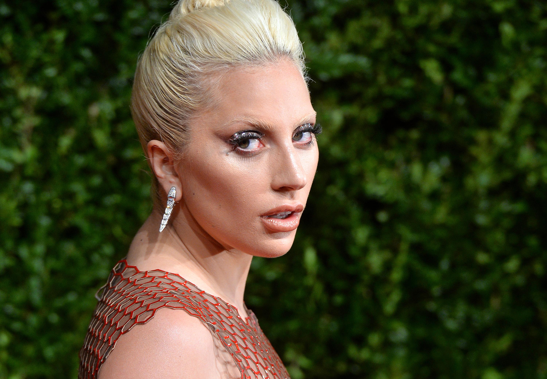 Леди Гага до и после пластики (8 фото): новое лицо Леди Гаги после пластической операции. PEOPLETALK