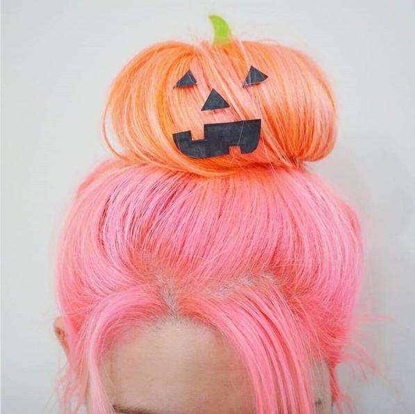Бери на заметку: крутые и необычные прически на Хэллоуин