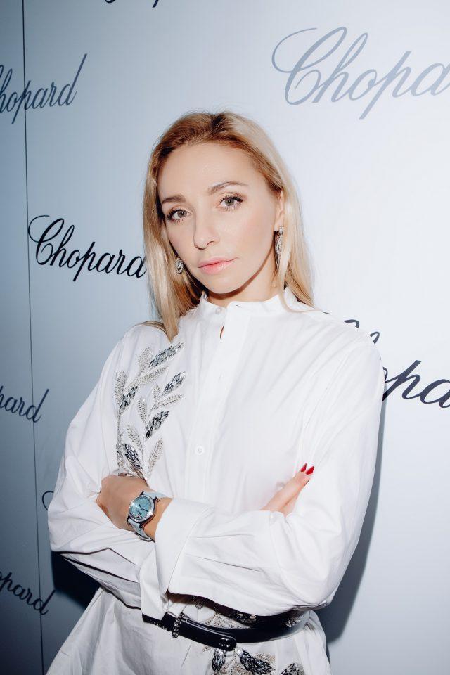 Татьяна Навка - официальный посол бренда Chopard - Страница 8 20181127-164601-mur_1303-640x960
