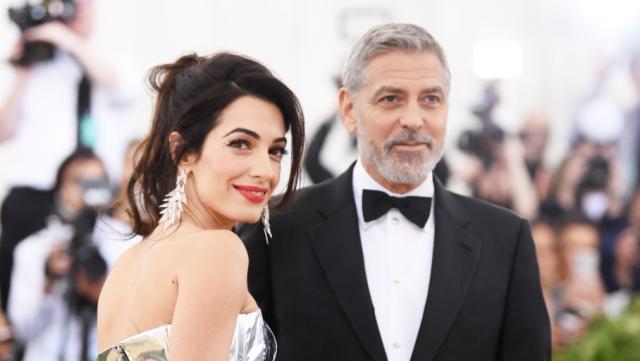 Cплетникам назло: Джордж иАмаль Клуни поужинали вГолливуде